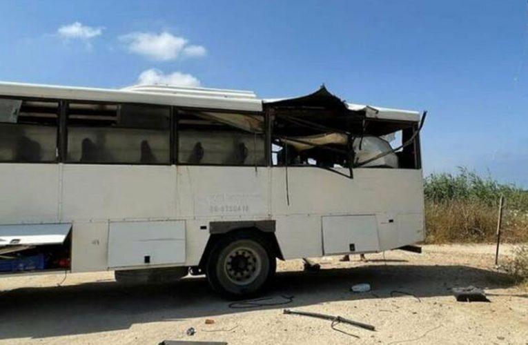 تصادف اتوبوس ۸ نفر را به بیمارستان کشاند