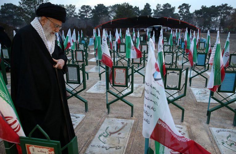 خون مطهّر شهدا حقانیت جمهوری اسلامی را بر جبین تاریخ ثبت کرد