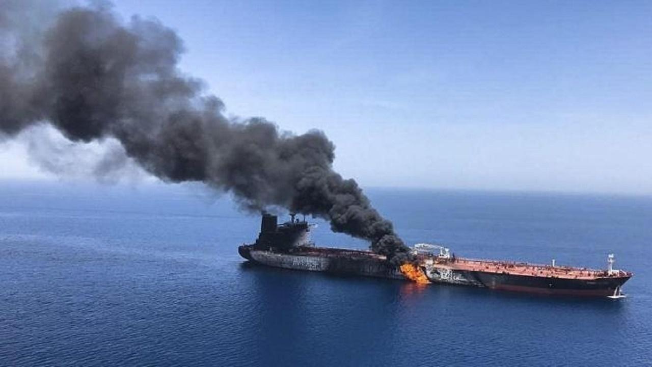 اولین تصویر از کشتی اسرائیلی که امروز مورد هدف قرار گرفت/ عکس