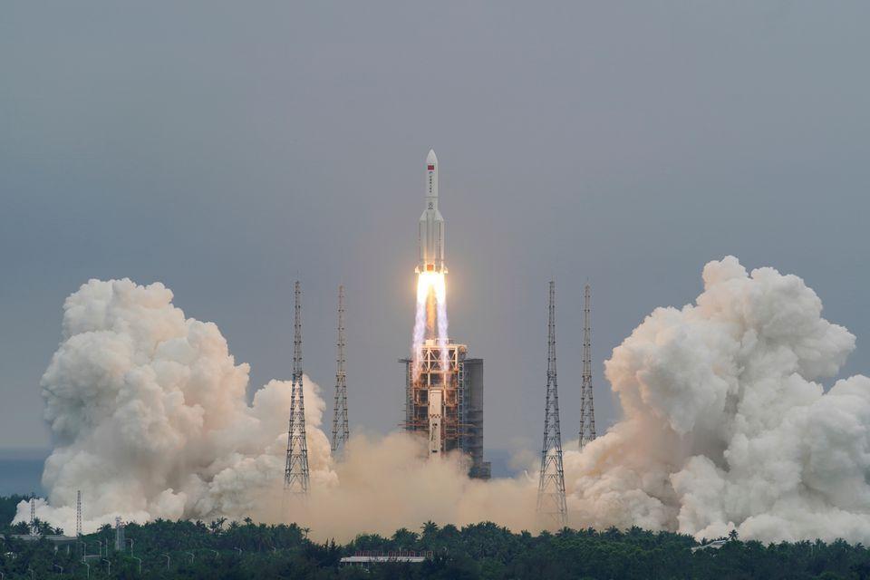 چین: موشک لاگ ۵ به زمین اصابت نمی کند
