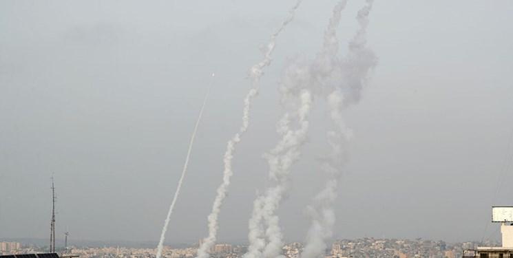 وحشت در تل آویو/ به صدا درآمدن آژیر خطر در سراسر اسرائیل/ تمامی پروازها لغو شدند/ ظرفیت پناهگاهها تکمیل شد + ویدئو